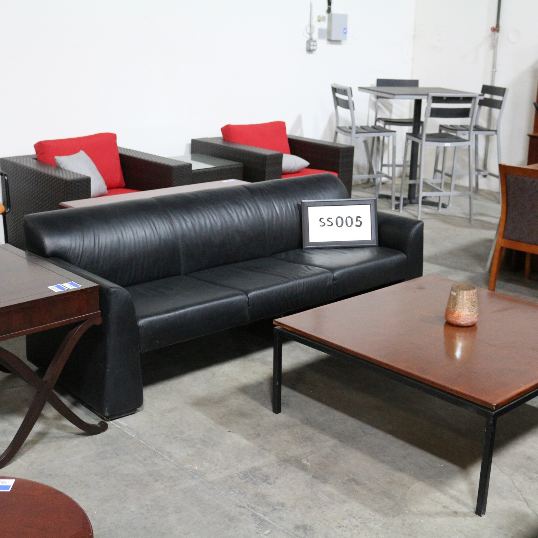 Monarch Office Furniture SS005 Used Haworth Black Leather Sofa for sale